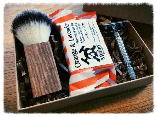 Mutiny Shaving Box – Orange