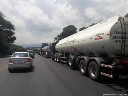 cisterna-combustible-presas