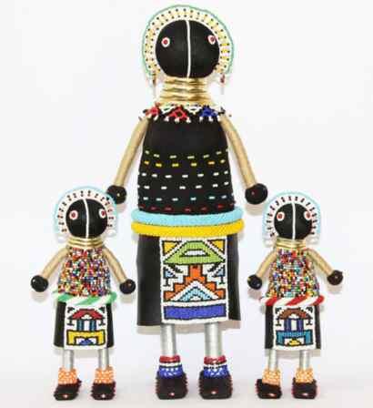 Arte africana: bambole Ndebele