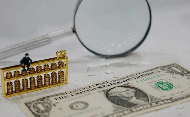还记得爬满人的火车吗?孟加拉国糟糕的客运交通,错怪阿三哥了