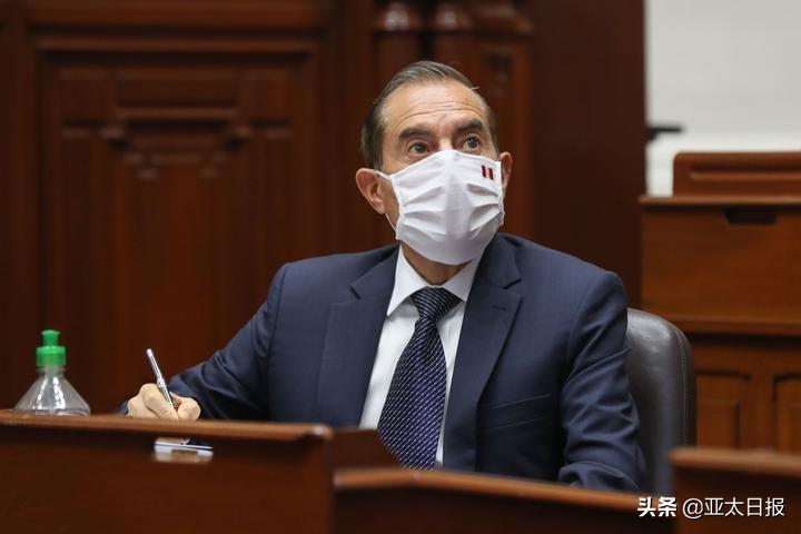 """台岛迈出危险一步,自研潜艇誓要2025年服役,装备美制重型鱼雷""""压制""""大陆"""