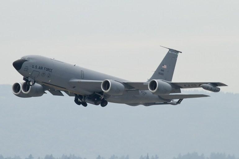 赵立坚回答问题时没忍住,笑了!英国首相坚称新冠病毒来源于中药