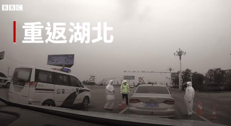 专家组外方组长安巴雷克向武汉人民致谢。图源:中国日报