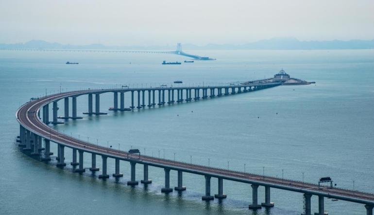 中美衝突一觸即發,按照中國目前的實力,能否與美國一較高下?