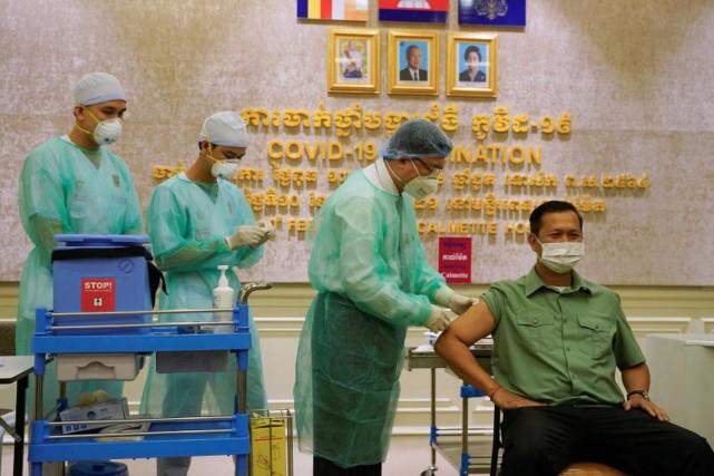 美国迎来至暗时刻!疫情引爆又一全球性问题,超两亿人处境堪忧