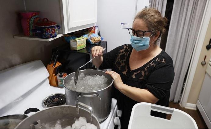 美军机3次降台闯大祸,胡锡进建议解放军发射火箭,还有三大狠招