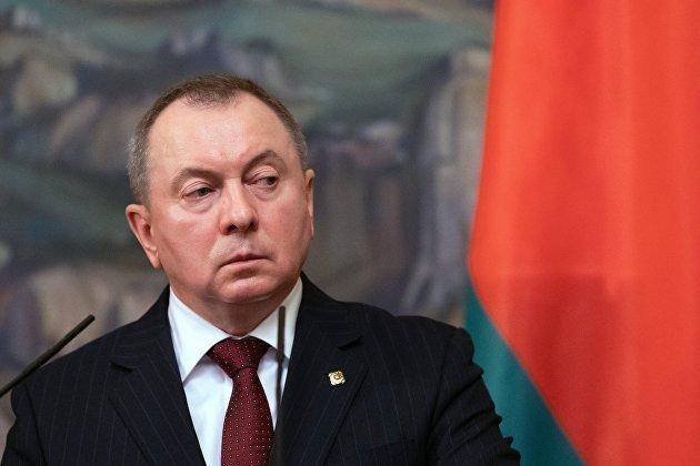 英国3个向中国示好的动作,是向中国服软,还是另有他图?