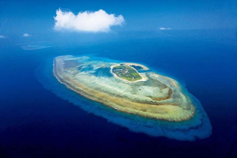 俄罗斯主动归还日本2座岛屿,日本却拒绝,355km²土地为何没人要