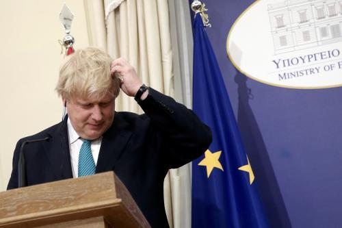"""往枪口上撞?中国新法才刚施行,澳大利亚就扬言派舰""""自由航行"""""""