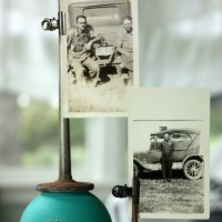 oil can photo holders.