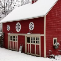 the rare and elusive winter garage sale.
