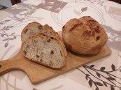Pan de piñones, nueces y pasas