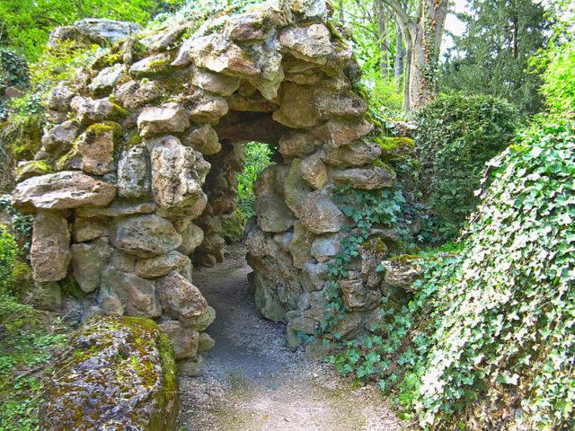 800px-maison_dumas_passage_jardin_01-640x480