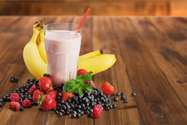banana-berry-breakfast-smoothie-600x400.jpg