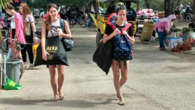 Wisatawan-mancanegara-nampak-liburan-di-gili-terawangan-lombok-utara