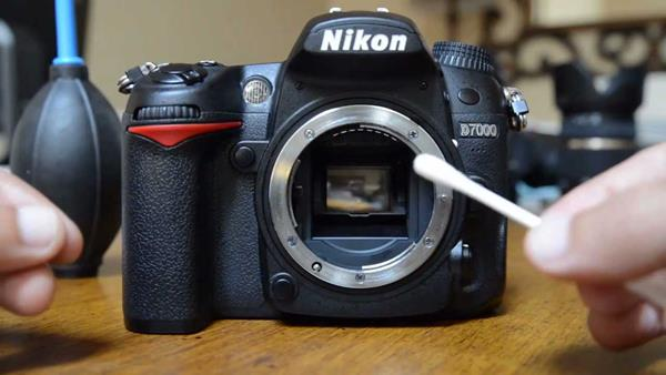 cara merawat kamera agar awet