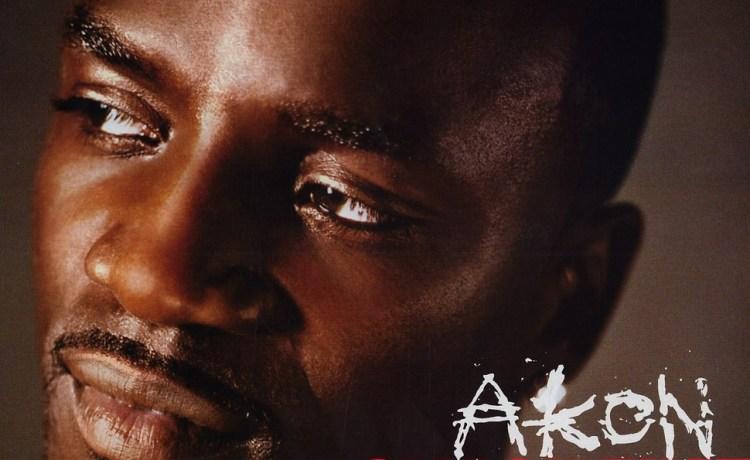 Akon Smack That (ft. Eminem)