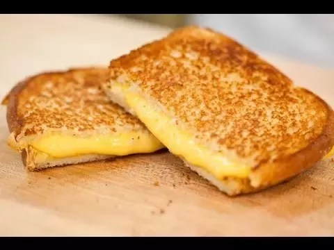 you microwave a grilled cheese