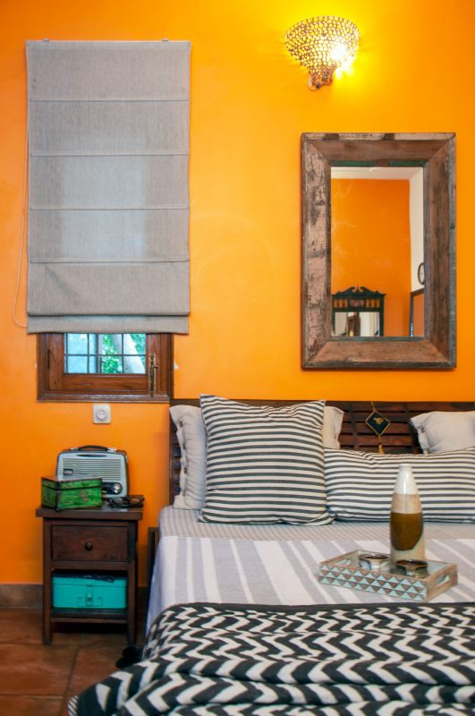 It also stands for joy, intimacy and creativity as per vastu for bedroom. Which Is The Best Colour For A Bedroom According To Vastu Quora