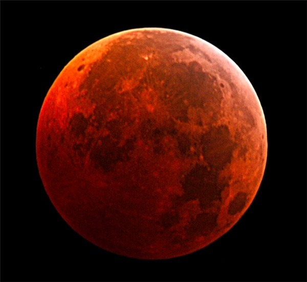Why is planet Mars red in color and what is Mars ...