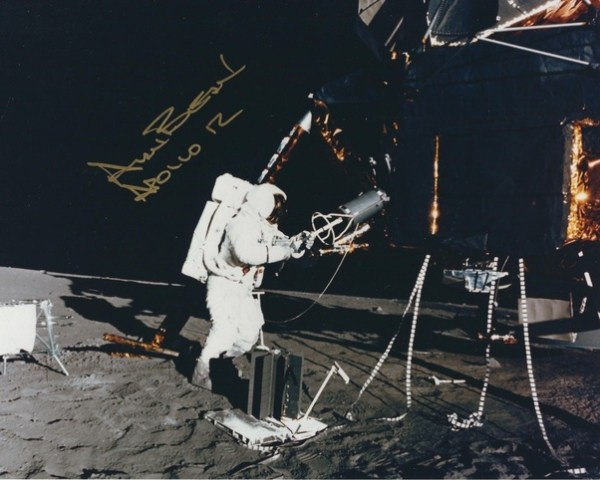 How did the lunar module on Apollo 13 survive re-entry to ...