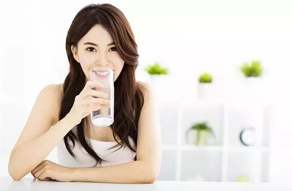 Hydrate Yourself to Lose Belly Fat