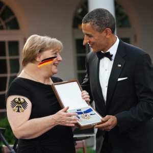 Merkel_Obama_Economic Nobel War Prize Wirtschafts-Kriegsnobelpreis