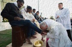 Eine unselige Allianz zwischen Papst Franziskus und der globalen Finanzelite?
