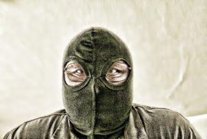 """""""Maskenintoleranz"""", vermehrt Razzien in Arztpraxen"""