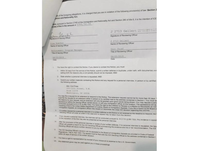 Aviso de Intención de Multa.  Este es el documento que recibio Rosa Ortez Cruz donde ICE le anunciaba que la iba a multar con más de 350 mil dólares.