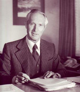 Dr. Walter Waizer 02