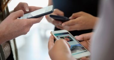 Photo of تقرير: انخفاض 13٪ بشحنات الهواتف الذكية خلال 2020 بسبب كورونا