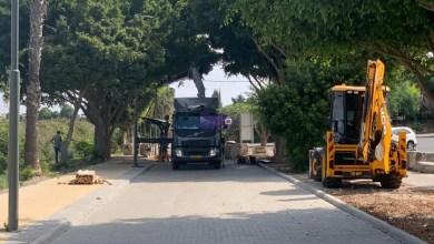 "Photo of المجلس المحلي كفر قرع: تركيب 5 معرشات لمحطات الاستراحة في ""متمشى الحوارنة"""