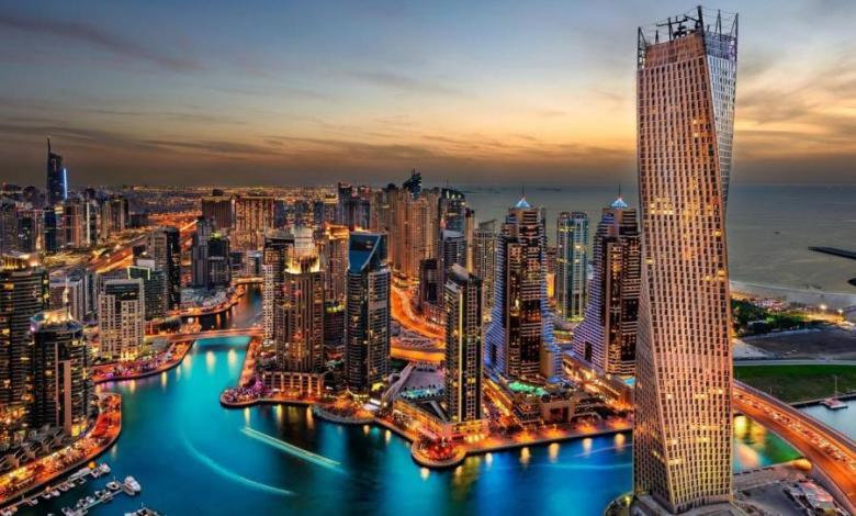 صورة يديعوت : الاسرائيلون يسرقون غرف الفنادق في دبي ويهربون