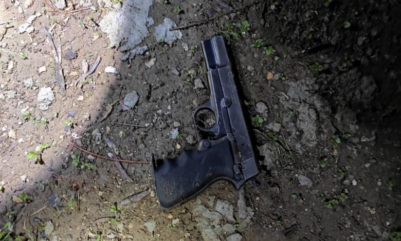 صورة الشرطة تلقي القبض يوم امس على مشتبه من سكان باقة الغربية بشبهة حيازة سلاح غير قانوني