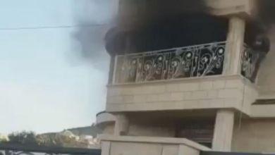 صورة كابول: شجار بين عائلتين والقاء حجارة والعاب نارية واضرام النيران بمنزل