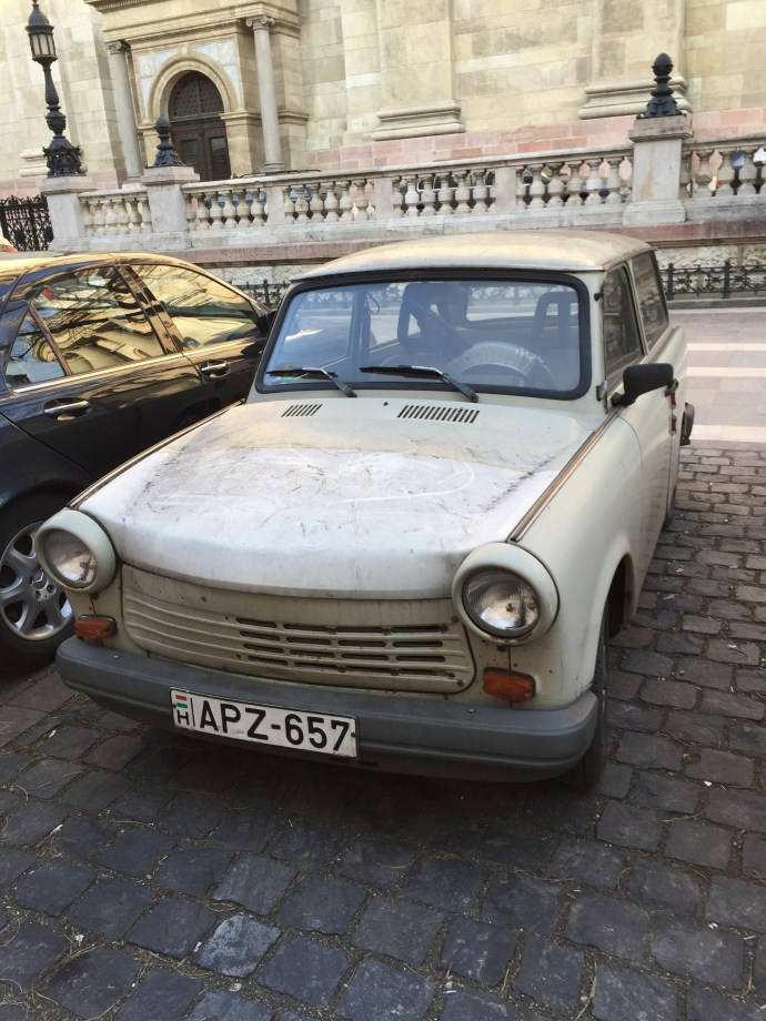 Trabant-fronte