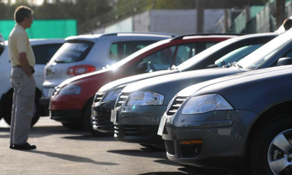Guía para adquirir un auto seguro
