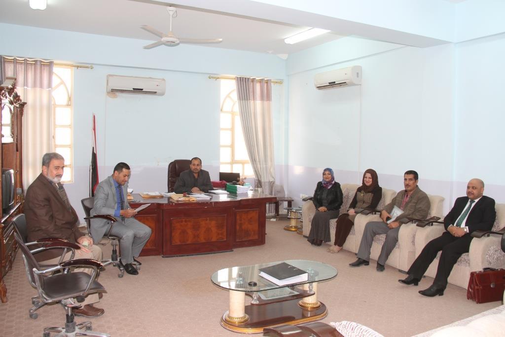 كلية القانون جامعة القادسية عقدت الحلقة النقاشية بعنوان (جريمة اثارة الفتنة الطائفية في المجتمع العراقي )