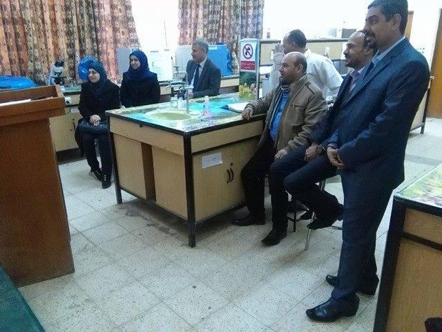 كلية الطب البيطري / جامعة القادسية تقوم بتنظيم حلقة نقاشية عن واقع صناعة الدواجن في العراق