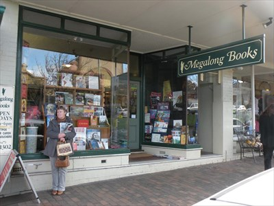 Megalong Books