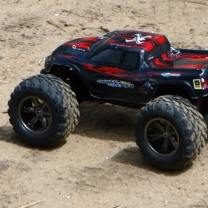 9115 2WD Brushed RC Monster Test Drive
