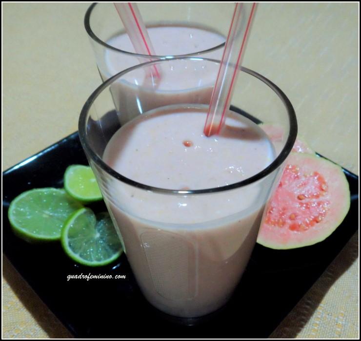 Smoothie de Goiaba, Iogurte e Farelo de Aveia (2)