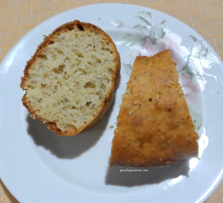 bolo-de-aveia-linhaca-com-coco-vitalin-sem-gluten-2