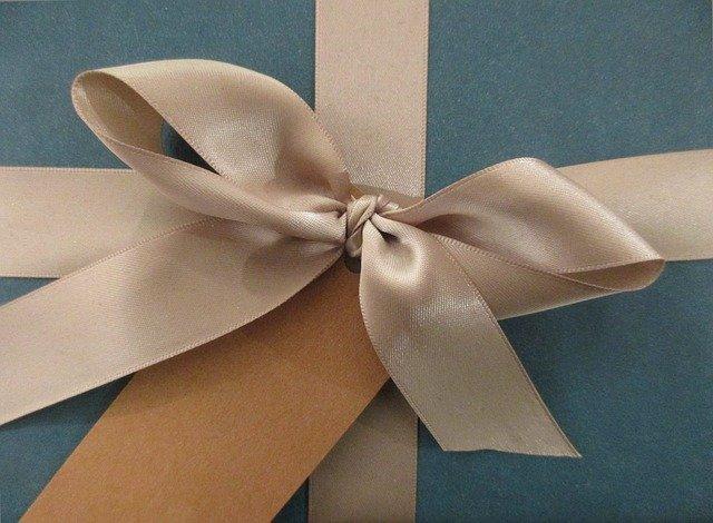 【ラッキーモチーフ】『リボン』のスピリチュアルな意味や風水の効果!絆や縁を結ぶモチーフ