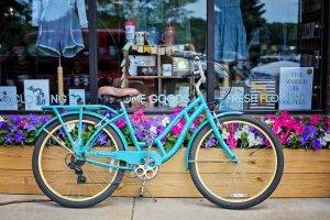 ターコイズ色の自転車