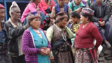 Women from Haku (now living in an IDP camp in Dhunche)