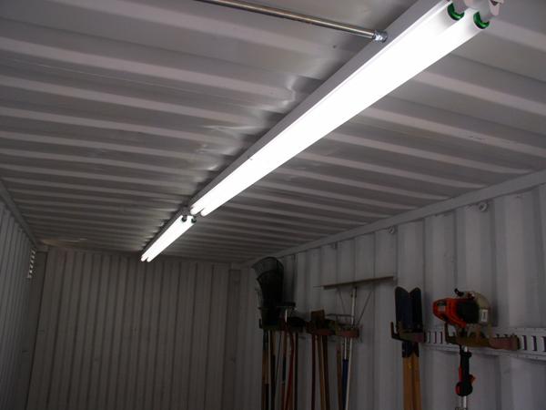 Led Fluorescent Lights