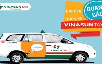 Báo giá quảng cáo trên taxi – Tràn 2 cánh cửa xe