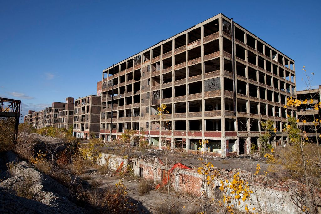 This image has an empty alt attribute; its file name is packard.jpg Detroit Michigan: The former Motown, made famous for its car assembly plants. Many of those assembly plants are left in ruins as the industry moved abroad.